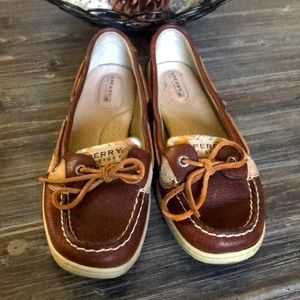 Leather Sperry Topsiders (9)